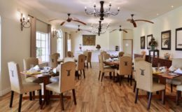 Main-Building-Indoor-Dining-Breakfast