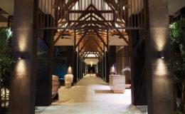 eden-bleu-hotel-gallerynight-hotel-entrance-2