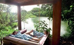 long-beach-mauritius-couple-spa