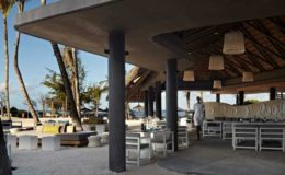 long-beach-mauritius-restaurant-outside_0