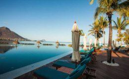 mauritius-holiday-pool