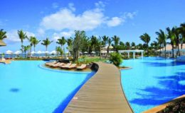 sugar-beach-mauritius-pool-view