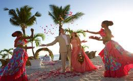 wedding-setup-beach-sugar-beach